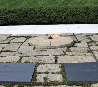 Visitar la tumba de Kennedy en Arlington, Washington DC